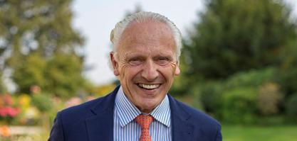 Herr Dr. von Abercron ist stellvertretender Vorstandsvorsitzender.
